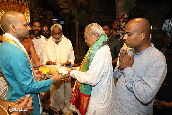GOVERNOR OF AP VISIT6