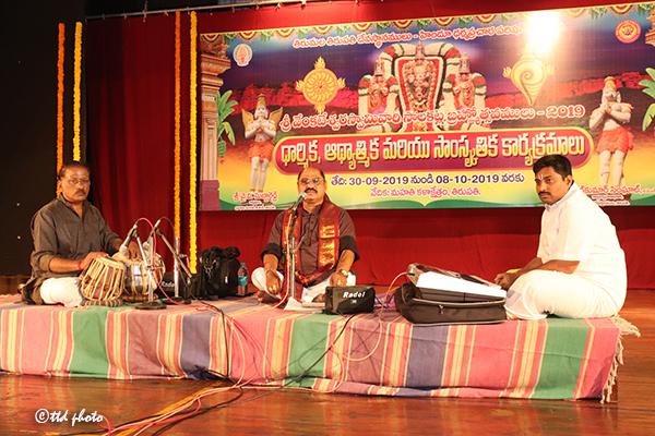 bhakthisangeetam a sivaprasad & brundam