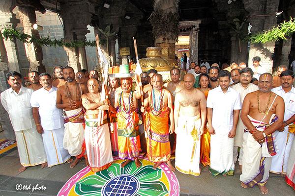 deepavali asthanam2