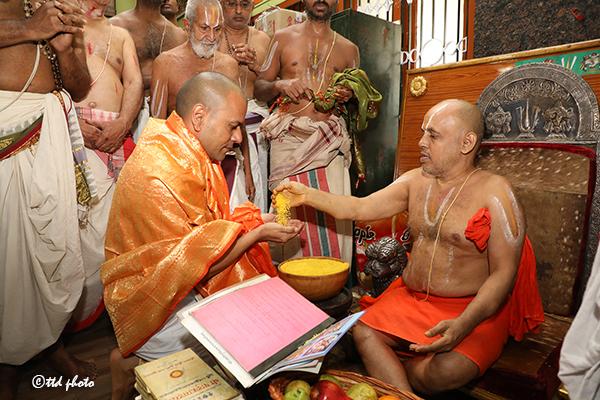 CHIEF PONTIFF OF SRI RANGAM SRIMATH ANDAVAN ASHRAMAM6