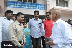 ADDNL.EO INSPECTS REST HOUSES IN TIRUMALA3co