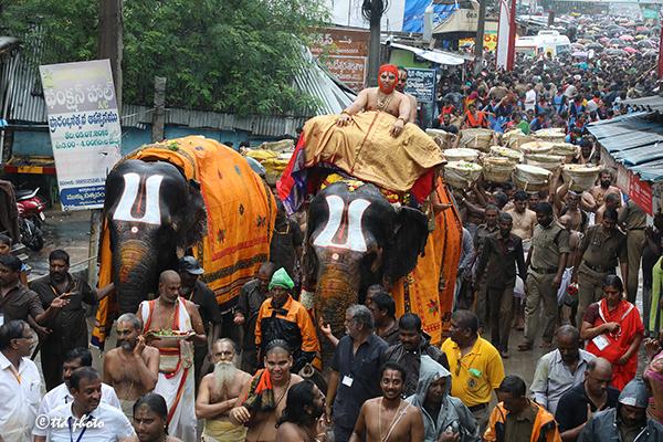 procession of padi3