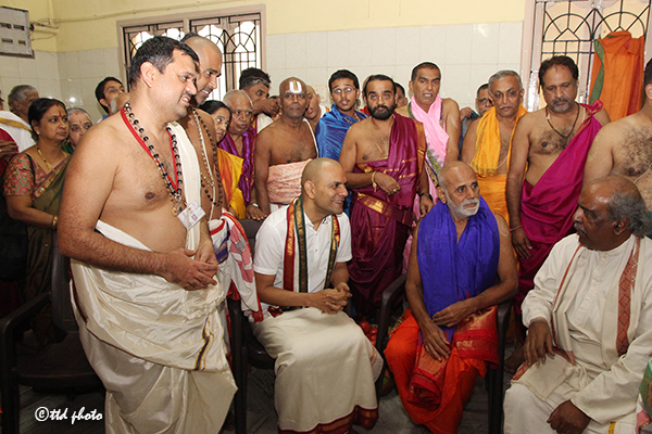 Sri Vidyapayonidhi Theertha Swamiji Vyasaraja Mutt10