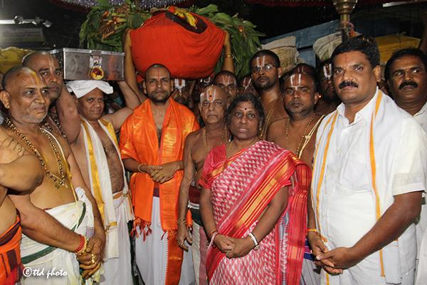 procession of padi