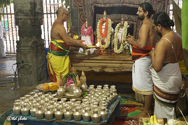 ASTHOTHARASATHAKALASABHISEKAM AT SRI KRT 01