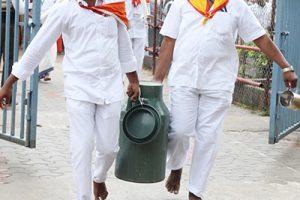 Srivari Sevas Milk Disitbution2