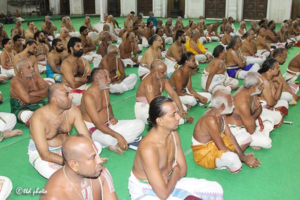 Nalayar Divya Prabandam Mahotsavam