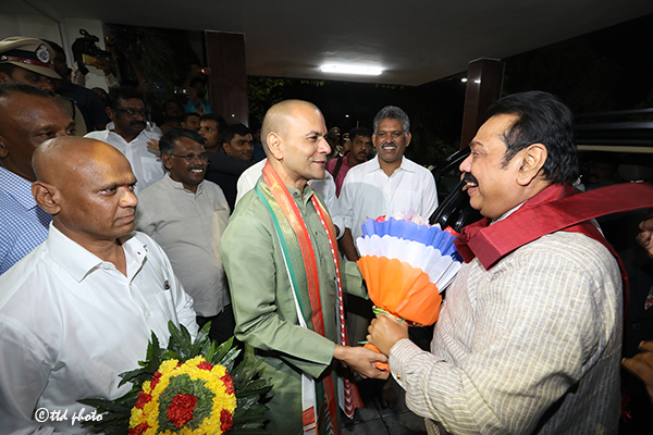 SRI LANKA PM SRI MAHINDA RAJAPAKSA RECEIVED BY TTD EO AND ADDL EO