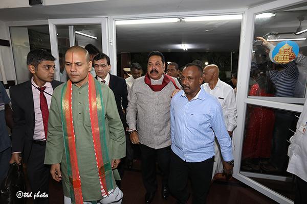 SRI LANKA PM SRI MAHINDA RAJAPAKSA RECEIVED BY TTD EO AND ADDL EO3