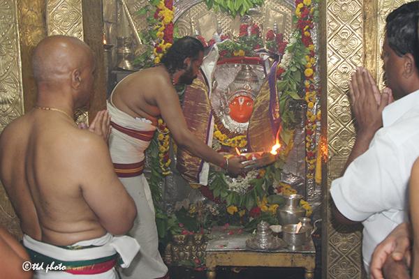 hanumath jayanthi in japali theertha2