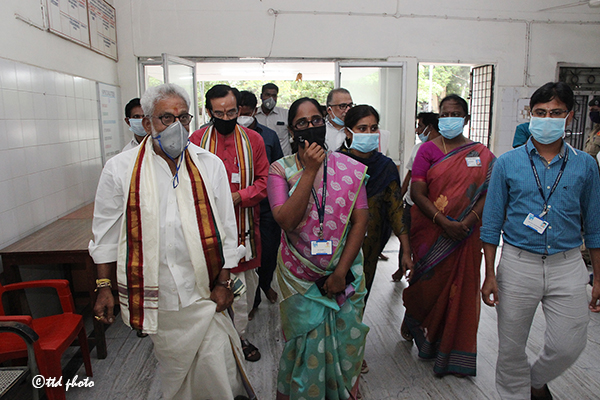 Ttd Chairman Inspection of Sri Srinivasa Sankara Nethralaya4
