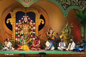 VISAKHA SHARADA PEETHAM PONTIFF LAUDS TTD's SPIRITUAL DISCOURSES