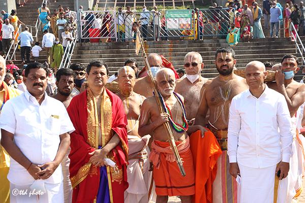 Sri Brahmatantra Swatantra Parakalaswamy Mutt Mysore3g