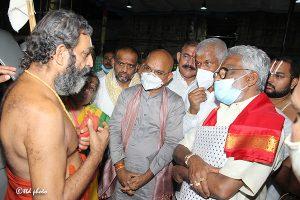 Tridendi Chinnajeeyar Swamy Visit to Sri Pat5