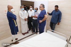 EO INSPECTING CONSTRUCTION OF PEDIATRIC HOSPITAL3