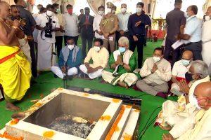 Lieutenant Governor Manoj Sinha offer prayers on the occasion of Bhumi Pujan programme